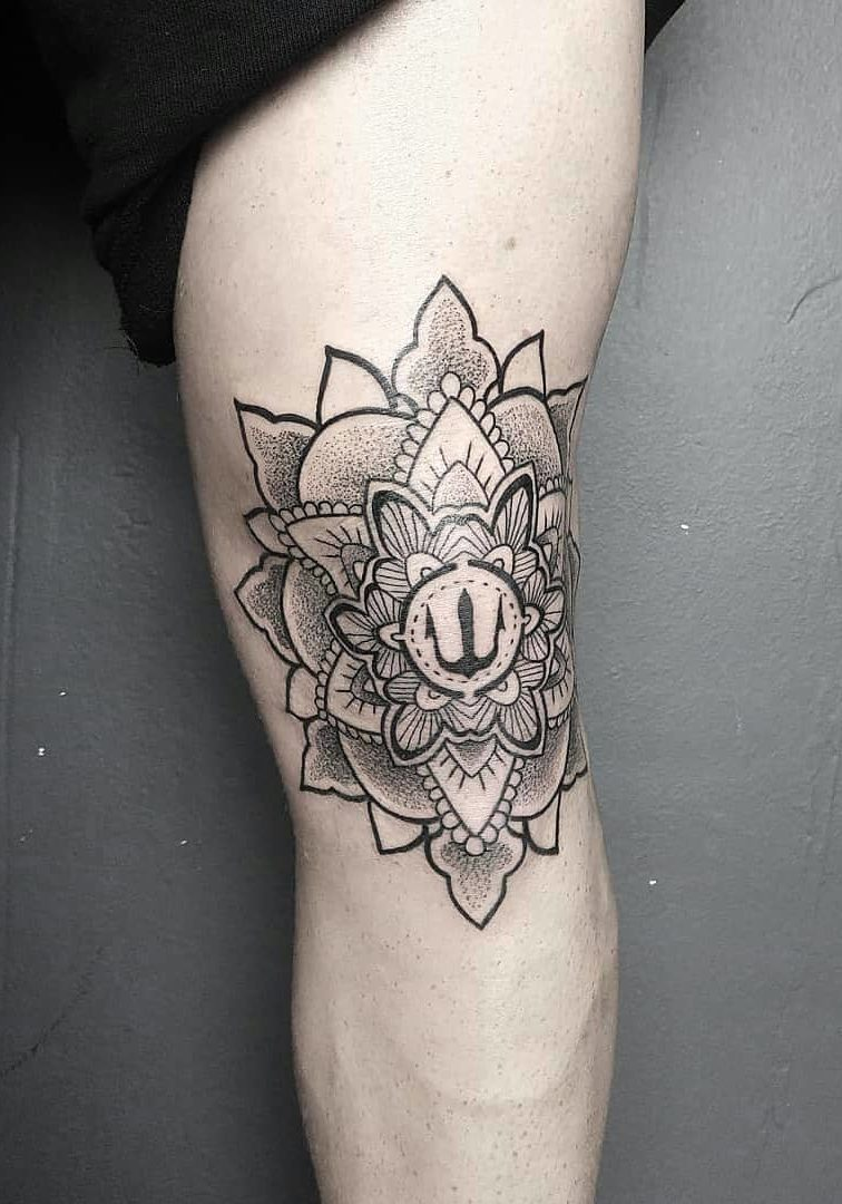 #PEKI - Dotwork Tattoo - Blackwork Tattoo - Taxi Tattoo Torino